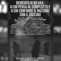 Sindaco dell'Alessandino contro i No Vax: manifesti con nomi dei morti per