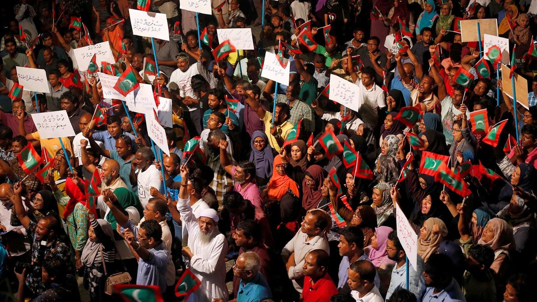 "215133701 f8a6a0d8 7ac8 439c 8efc 664fed2fcbf3 - Maldive, l'ex presidente Nasheed: ""Rischio jihadista nel nostro arcipelago"""