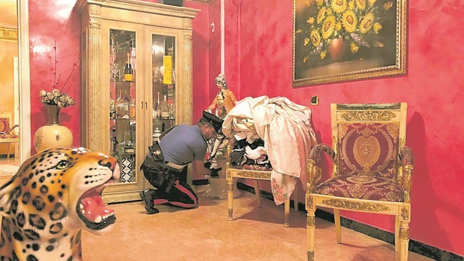 Il Borghetto Della Ceramica Roma.Roma Sgomberate Otto Ville Dei Casamonica Raggi Giornata Storica
