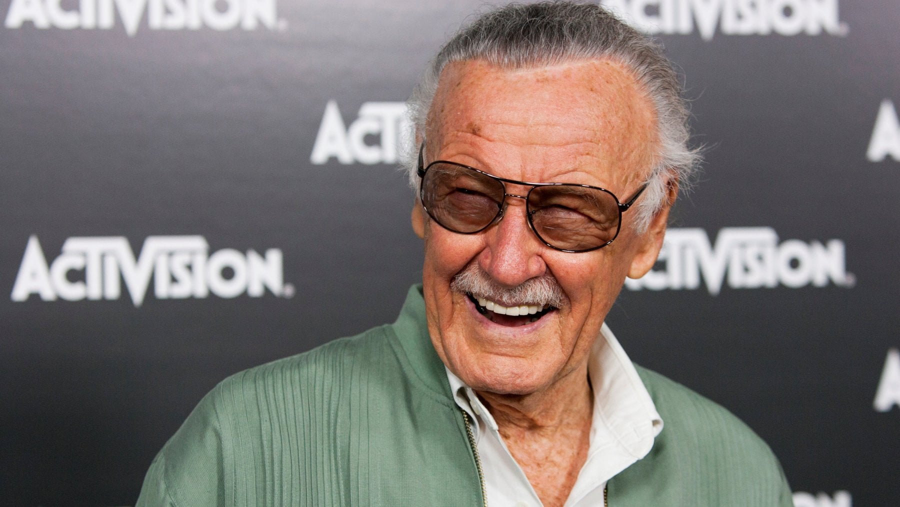 Chi era Stan Lee, il creatore dei supereroi Marvel