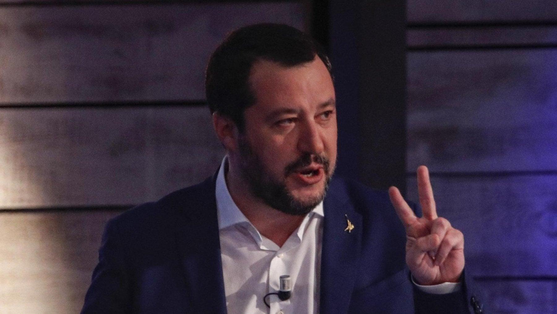 Sea Watch, Salvini : ripetute irregolarità di questa Ong