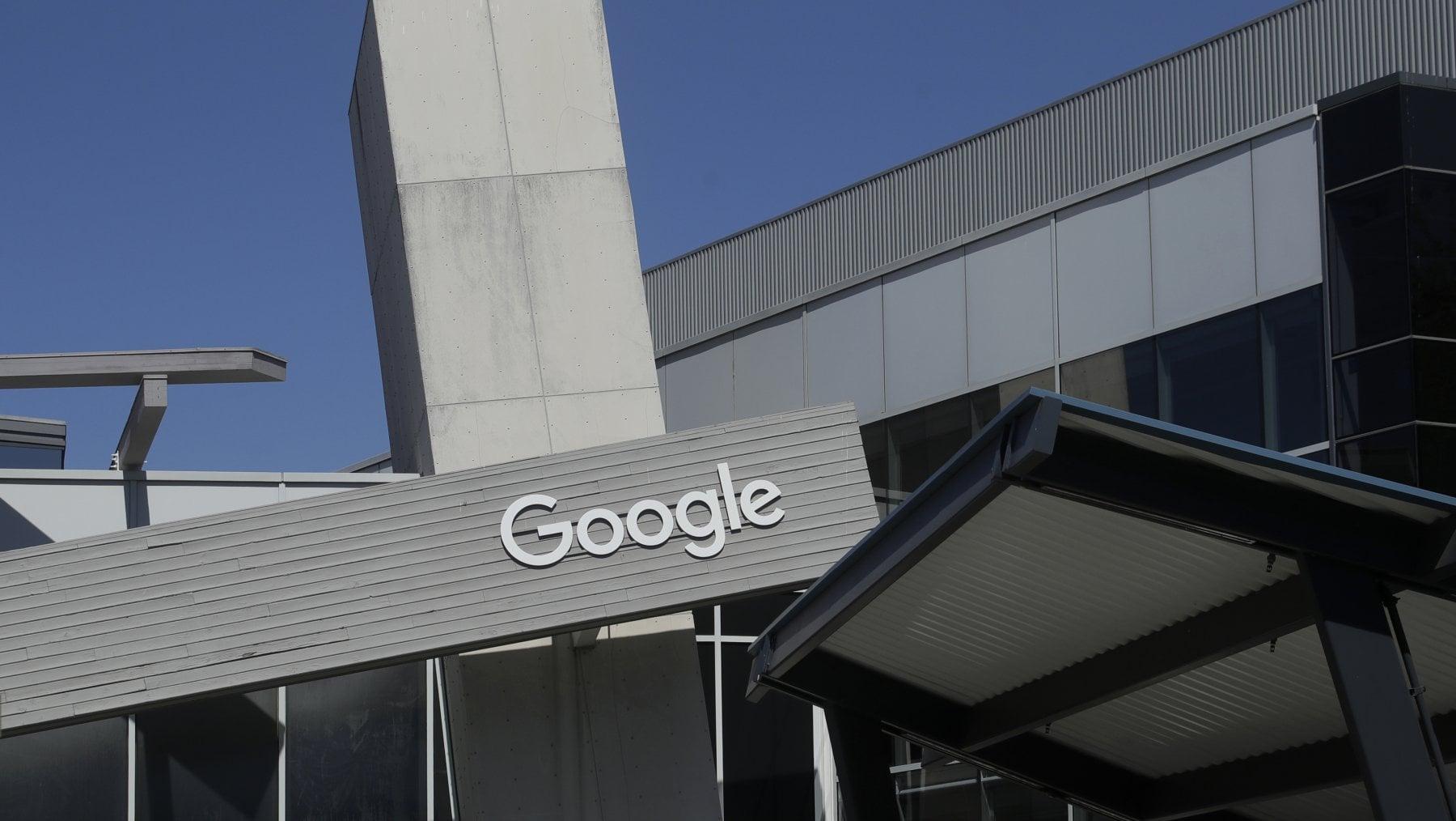 Facebook debutta nei pagamenti digitali, negli Usa arriva il servizio