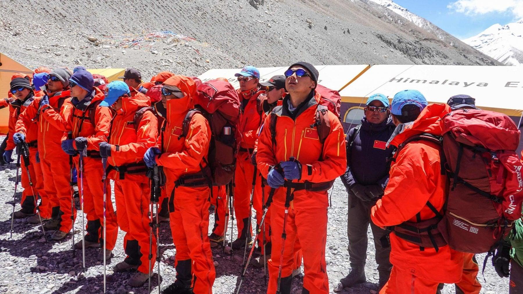170026827 cbd0c2b6 828b 4777 b3a0 7d8ab8446ccf - Il record di scalata all'Everest è di una donna: 13 ore in meno