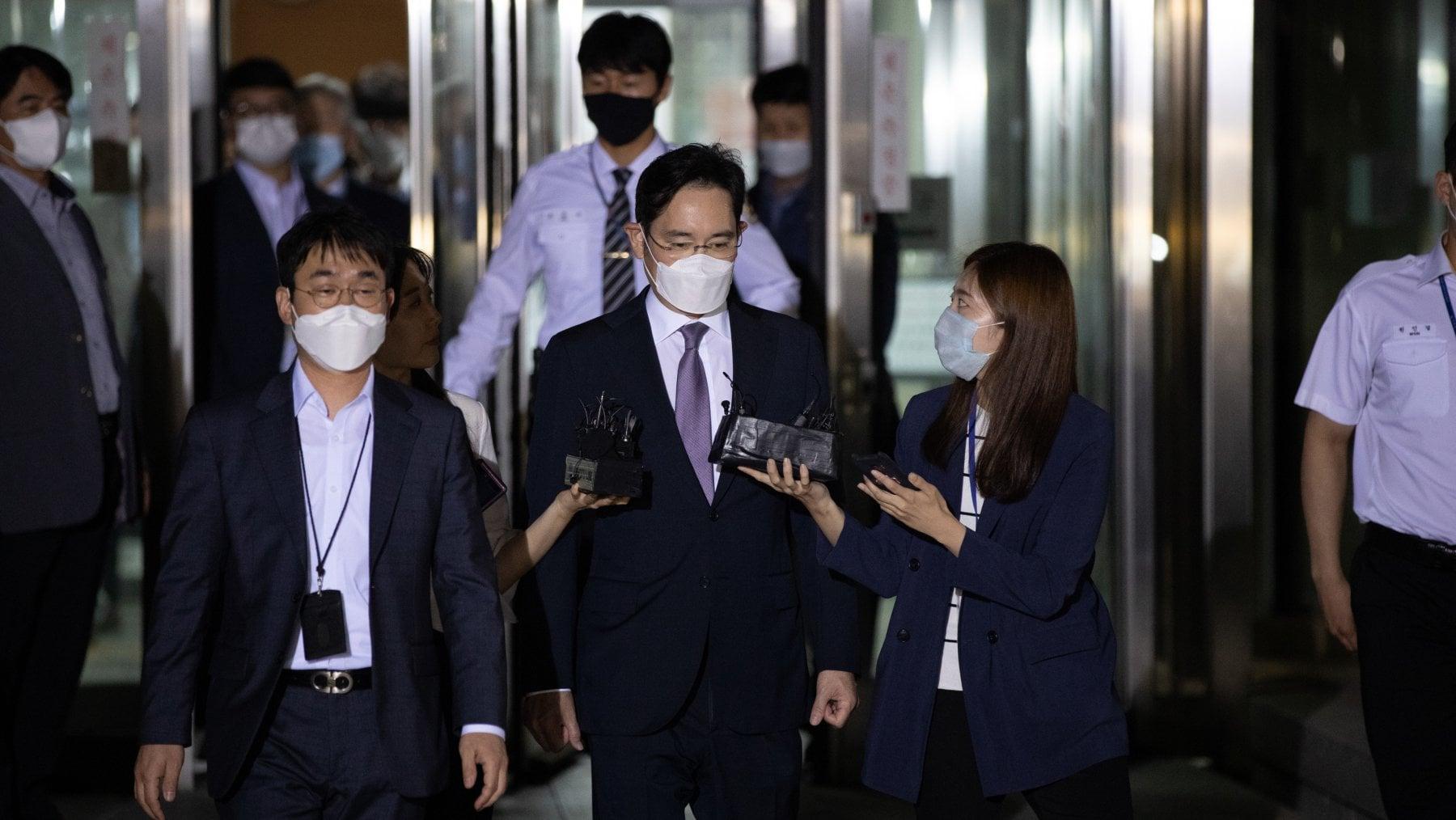 192804106 80162408 a53a 493d bbbb 926d37a594b5 - Corea del Sud, libertà vigilata per l'erede di Samsung. Lee Jae-yong lascia il carcere