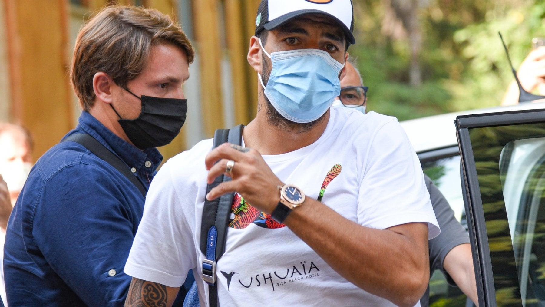 """""""Ci siamo solo informati"""". E la Juventus rinunciò a Suarez, l'attaccante dei sogni"""
