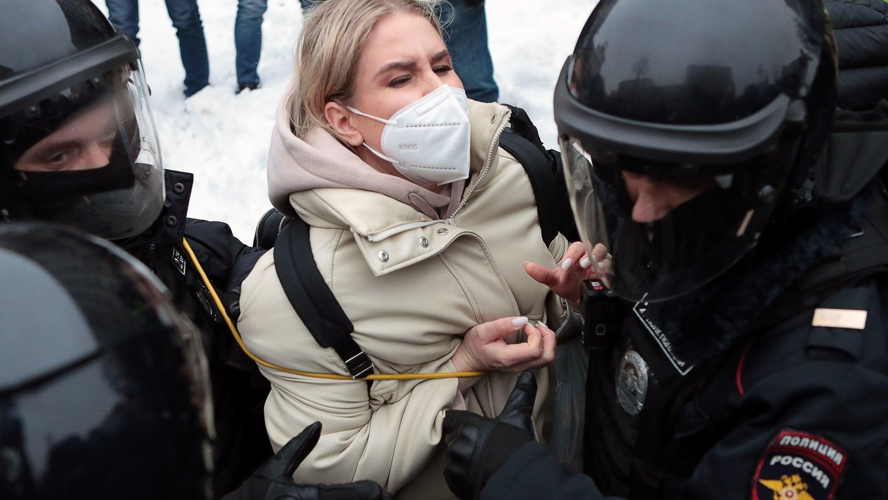 223633830 b89b17cd 32d4 4e70 b9d5 6ae6877c7c56 - Nuove manifestazioni in Russia: record di oltre 5.100 arresti in 90 città
