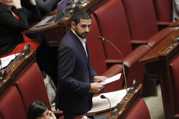 Finanziamento partiti bagarre con m5s intesa della for Nuovi gruppi parlamentari
