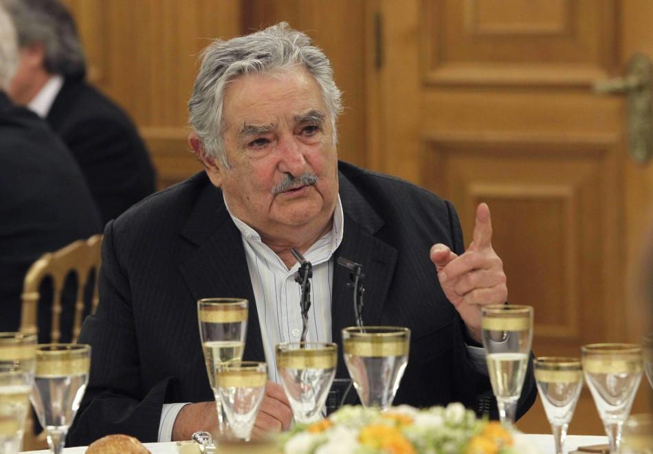 """Marijuana di Stato, aborto e nozze gay in Uruguay: la rivoluzione di """"Pepe"""" Mujica 111458267-18c4a629-d344-4c10-9c24-b8db1d8dcc9c"""