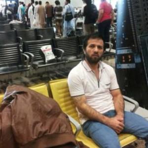 """Dubai, un siriano che fugge dalla guerra rimane bloccato all'aeroporto, come Tom Hanks in """"The Terminal"""""""