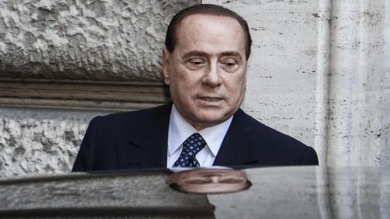 """Stop al Pdl: """"Avanti con Fi e governo Letta"""" Strappo di Alfano e dei ministri"""