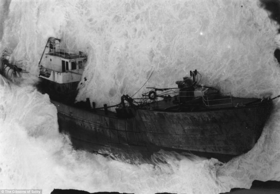 All'asta archivio Gibson, le foto dei naufragi: dal 1869 al 1997