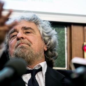 """Grillo contro Letta: """"Dice balle"""". E vede i 'dissidenti' Cinque Stelle"""