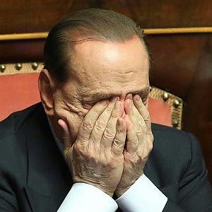 Decadenza Berlusconi, giunta dice sì a voto palese. Decisiva Lanzillotta, ira del Pdl