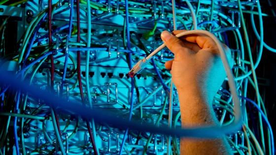"""Internet mobile, i dati Agcom, velocità """"yo-yo"""", ma la media è buona. Roma è lenta"""
