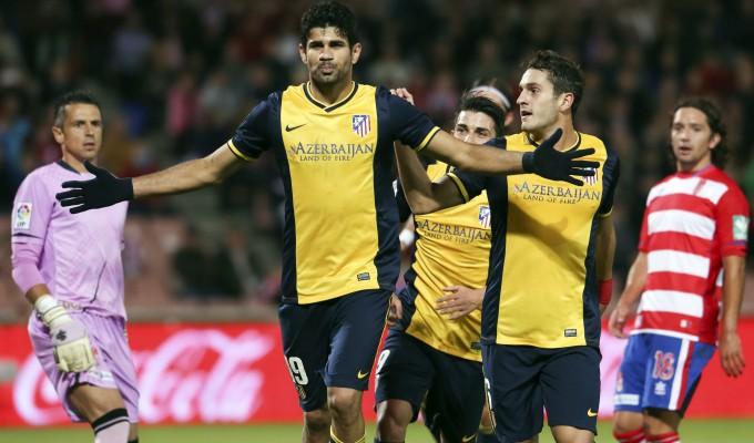 Spagna, l'Atletico Madrid vince a Granada e non molla il Barça