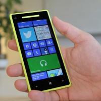 Windows Phone piace agli italiani, sfiora il 14% del mercato. Sorpasso su iOS, Android è primo