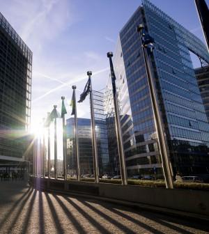 Le previsioni di Bruxelles sull'Italia: deficit al 3%, poi scende al 2,7%