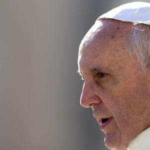 """Anatema del Papa contro<br /> la """"dea tangente""""<br />""""La corruzione toglie dignità"""""""