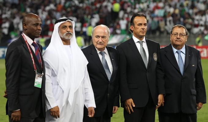 """Mondiali 2022, Blatter fa marcia indietro: """"Coppa solo in Qatar"""""""