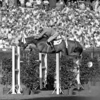 Addio a Raimondo D'Inzeo, leggenda dell'equitazione