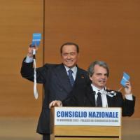 """Berlusconi: """"Scissione per distanze personali. No alleanza con chi vuole eliminarmi"""""""