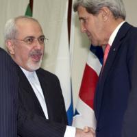 """Usa-Iran: la stretta di mano tra i due 'Satana"""""""