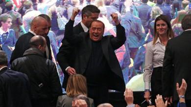 """""""Decadenza è colpo di Stato""""   video   Berlusconi chiama la piazza a regire   foto"""