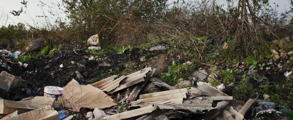 Terra dei fuochi, chi ha bruciato la Campania felix