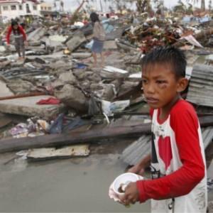 Filippine, il sogno della famiglia Sulvera? Tornare a una vita normale