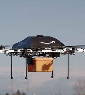 Amazon dice addio al fattorino: pronte le consegne con i droni