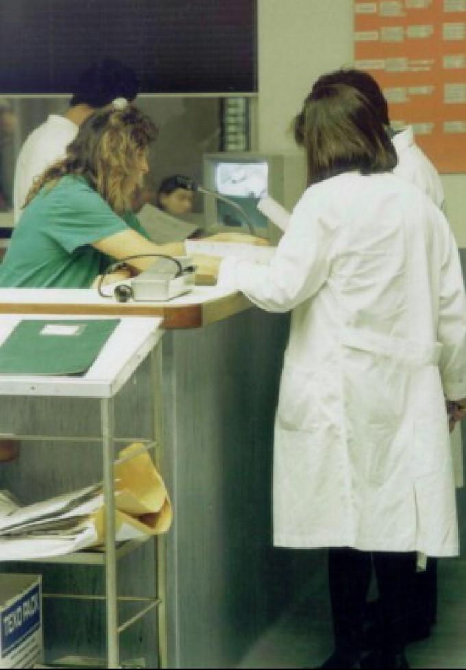 Bollini rosa per ospedali a misura di donna