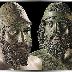 Arte, i Bronzi di Riace sono tornati nel museo di Reggio di Calabria