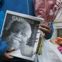 Sudafrica al centro del mondo, aspettando i funerali di Mandela