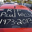 Paul Walker, fan in auto sul luogo dell'incidente