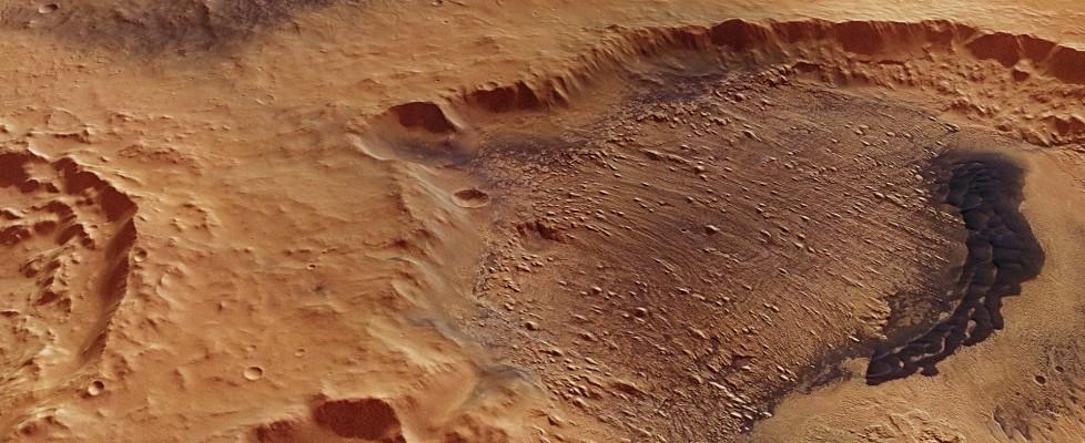 Marte, scoperte tracce di un grande lago: sul pianeta rosso era possibile la vita