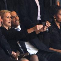 Memorial Mandela: il 'selfie' di Obama, Cameron e Schmidt
