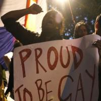 Corte Ue: licenze matrimoniali anche per unioni gay