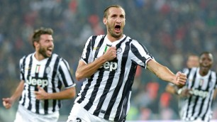"Calcio in  tv: errori ""irreperibili"" di De Rossi e King Kong Chiellini"
