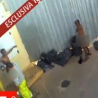 """Cie Lampedusa, gli immigrati del video shock: """"Urlavano di spogliarci e ci deridevano"""""""