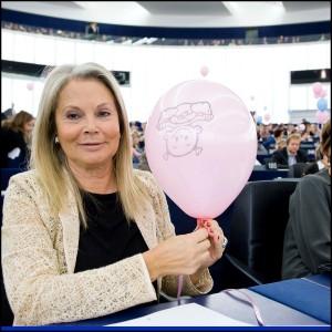 Voto anti-aborto, la decisione Ue per un errore di traduzione