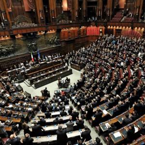 Camera, approvato bilancio di previsione, tagli per 50 mln di euro. E a Palazzo Chigi vietato accettare regali costosi