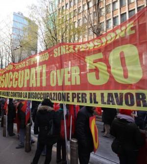 Lavoro, il piano di Renzi: contratto unico a tempo indeterminato e articolo 18 solo dal terzo anno