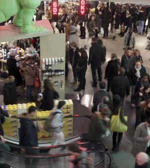 Il regalo di Natale ai consumatori francesi. Deregulation a pioggia, dai taxi ai medicinali