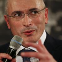 Khodorkovski non tornerà a Mosca, presentata richiesta di visto per la Svizzera