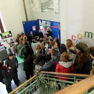 Brescia, scuole senza fondi reclutano ex docenti in pensione. Che lavoreranno gratis