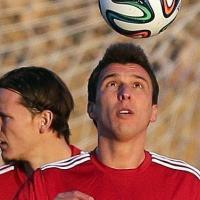Juventus, Pirlo corre verso la Roma. Mercato, nel mirino Mandzukic e Xabi Alonso