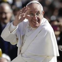 """Papa Francesco nell'ultimo giorno dell'anno: """"A Roma si pensi a rifugiati e disoccupati"""""""