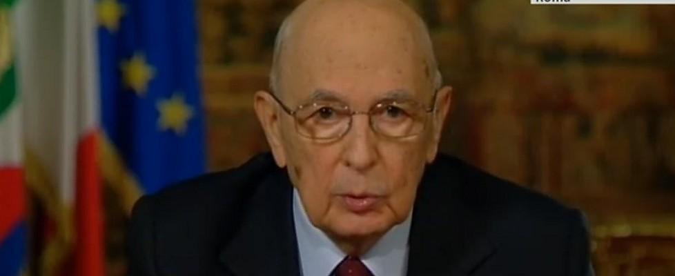 """Napolitano: """"Il 2013 tra i più pesanti e inquieti. Riforme indispensabili, la politica cambi"""""""