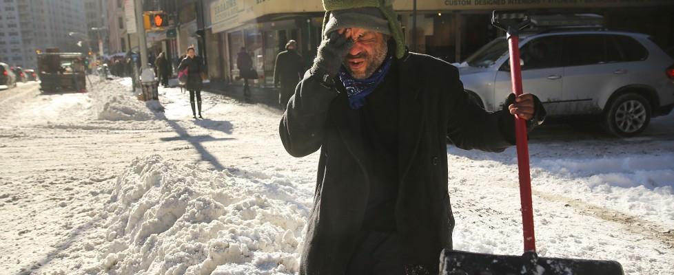 Usa sotto la grande tempesta di neve: 16 morti. In New England raggiunti 25 gradi sottozero