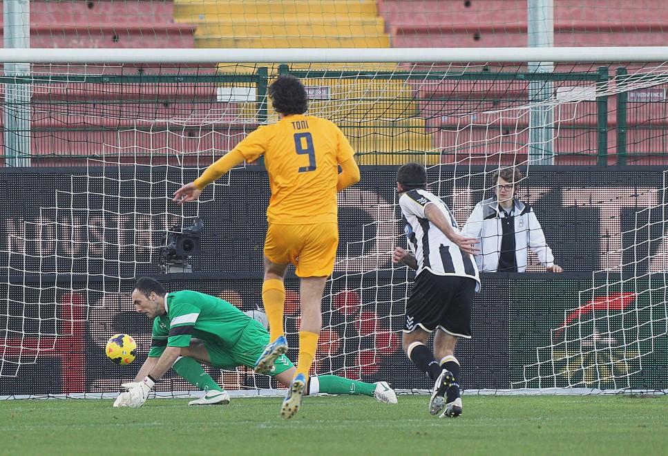 Серия А. 18-й тур. Долгожданная победа Милана и сотый гол Кака - изображение 23